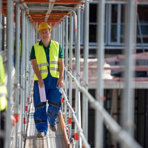 Jobs-Karriere_Aktuelle Stellenangebote_(Junior)-Bauleiter (4)