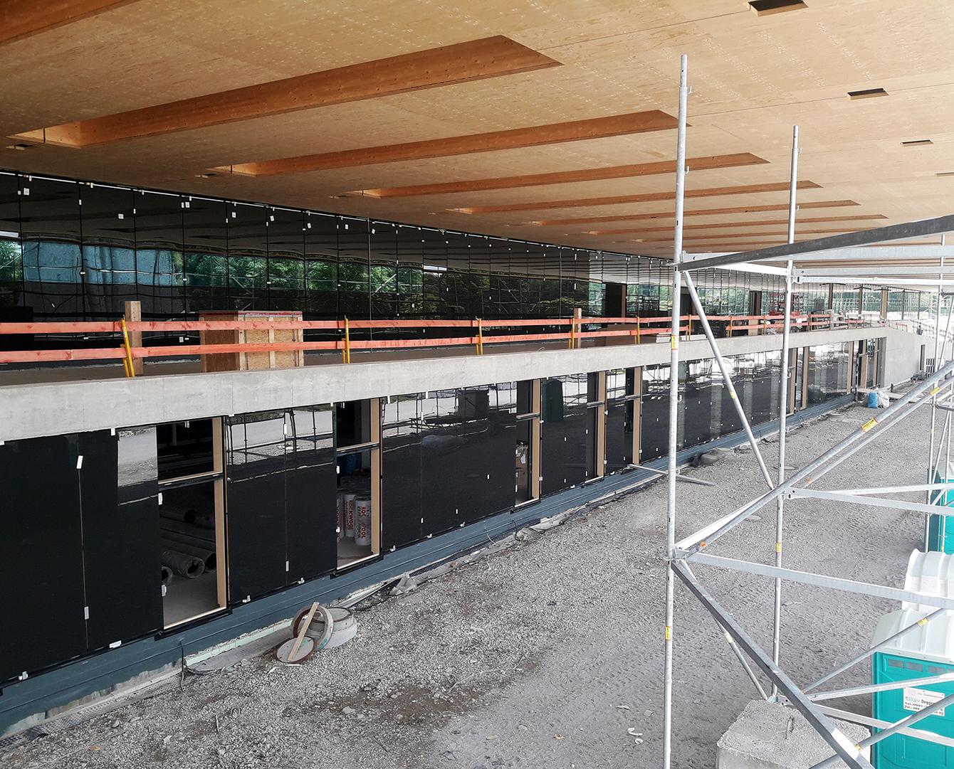 CiO München - PR Fassade West unter Vordach