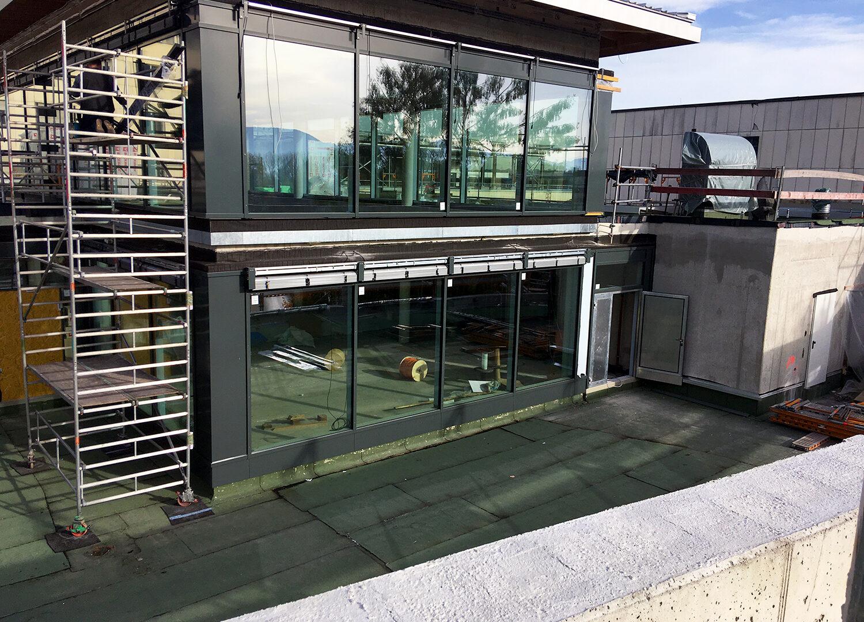 RoMed Klinik - PR Fassade Dachterrasse Süd